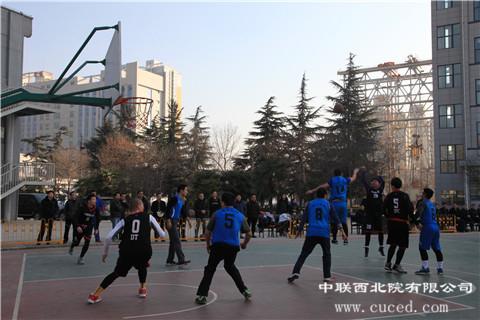 公司与宝鸡石油机械有限责任公司举行篮球友谊赛